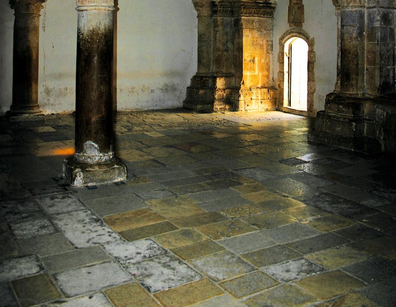 La chambre haute du cénacle, à Jérusalem, lieu historique de la Pentecôte.