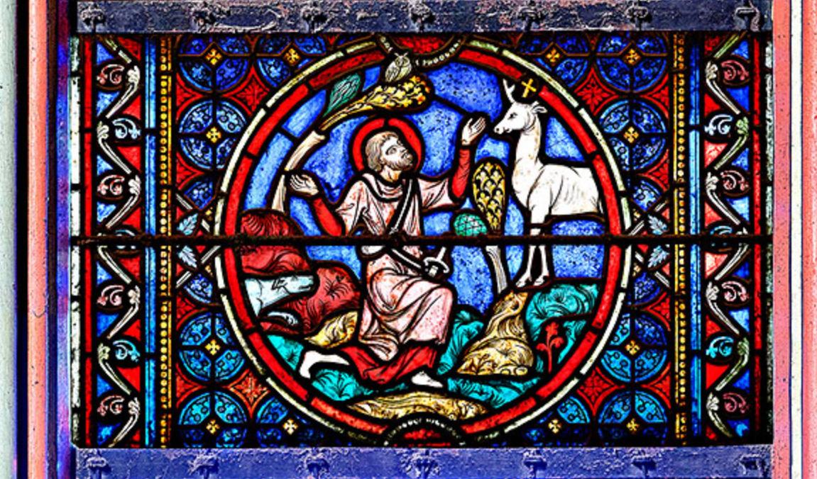 Le vitrail représentant Saint Hubert dans les chapelles latérales de la cathédrale de Notre Dame de Paris.